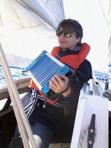 Dans la descente en train de chanter drunken sailors et de découvrir l'accordéon